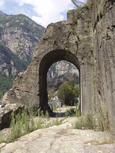 Die römische Strasse nach Gallien